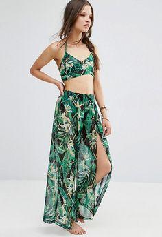 Meet the beach co-ord, AKA your new holiday hottie. Bralet, plus slit-side pants (hello Princess Jasmine vibes)