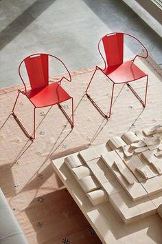 Muebles metálicos para terraza www.fustaiferro.com #hosteleria #contract #diseño #arquitectura #interiorismo #fustaiferro