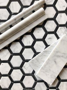 Carrara Bianco Marble Italian Carrara Bianco Marble,Italian Carrara Bianco Marble, Daltile Black / White Blend Marble Collection - x Hexagon Mosaic Wall & Floor Tile - Polished Marble Visual black and gold hexa. Marble Bathroom Floor, White Marble Bathrooms, Tile Floor, Bathroom Black, Marble Floor, Bathroom Countertops, Backsplash, Home Renovation, Home Remodeling Diy