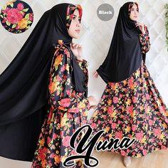 yuna hitam Rp130rb, bahan silk satin, ld 100cm, jilbab spandek korea pakai pad, pjg baju 138cm, lebar kaki bawah 280cm, berat 750gram  contact us  FB fanpage: Toko Alyla  line@: @alylagamis  WA: 0812-8045-6905    toko online baju muslim  gamis murah  hijab murah  supplier hijab  konveksi gamis  agen jilbab