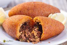 Ισλί κεφτέ - Κεφτέδες με πλιγούρι και γέμιση κιμά με κουκουνάρι - gourmed.gr
