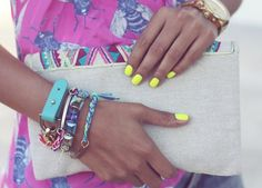 die for the nails! Clutch, bracelets, everything!