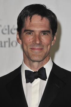 Thomas Gibson Photos - Thomas Gibson poses in the award room after the closing ceremony of the 2011 Monte Carlo Television Festival held at the Grimaldi Forum on June 10, 2011 in Monaco, Monaco. - 51st Monte Carlo TV Festival -Awards Room