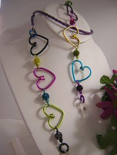 Items similar to Eyeglass Chain in Whimsical Handmade Multi Colored Hearts With Bling on Etsy Aluminum Wire Jewelry, Wire Wrapped Jewelry, Beaded Jewelry, Wire Necklace, Bohemian Necklace, Diy Crafts Jewelry, Handmade Jewelry, Custom Journals, Chunky Beads