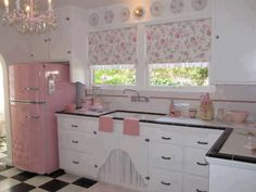 Pretty in pink kitchen with a real flavour of Disney princess meets 50s America!