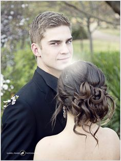 Best Wedding and Portrait Photographers Darrell Fraser South Africa Prom Picture Poses, Prom Poses, Couple Picture Poses, Picture Outfits, Homecoming Poses, Couple Shoot, Prom Pictures Couples, Prom Couples, Couple Pictures