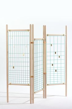 Room Divider Ideas and Trends This Dated Design Staple is in the Midst of a Major Revival Diy Room Divider, Room Divider Screen, Room Dividers, Display Design, Booth Design, Home Decor Furniture, Furniture Design, Design Textile, Market Displays