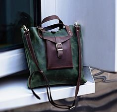 "ADOREinstyle Top Quality Leather Shoulder Bag  - Crossbody Bag - Handbag ""Stockholm"" - Full-grain Leather - Personalized bag - Customizable"