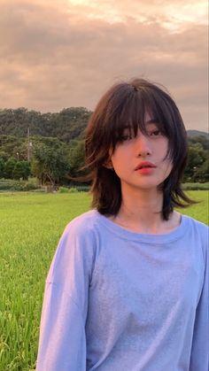 Medium Hair Styles, Short Hair Styles, Pretty Hair Color, Aesthetic Hair, Hair Inspo, Hair Looks, Pretty Hairstyles, Pretty People, Asian Beauty