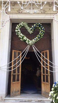 Decor Wedding Shop Ideas For 2019 Church Wedding Flowers, Church Wedding Decorations, Wedding Wreaths, Wedding Stage, Wedding Bouquets, Decor Wedding, Ballroom Wedding, Wedding Reception Planning, Wedding Doors