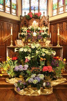 Easter altar at Christ Episcopal, Delavan, WI