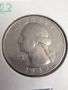 This 1983 Washington quarter has a mintmark but it was undeveloped. From what I see it suppose to be P but it turned into a cud. Look closely at the item as what you see is what you get. Rare Coins Worth Money, Valuable Coins, Old Coins Value, Rare Pennies, Coin Worth, Error Coins, Bullion Coins, Coin Values, Antique Coins