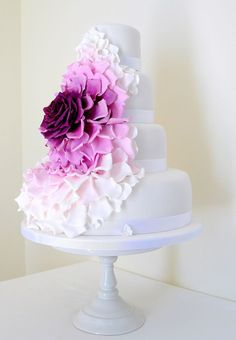 Too sweet to eat! Show-stopping statement wedding cake.