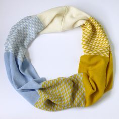 Machine knitted triangle snood - Miss Knit Nat