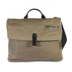 mynewbag.de - #CAMP DAVID Mount Logan Canvas & #Leder #Messenger #Bag mit Laptop Fach khaki