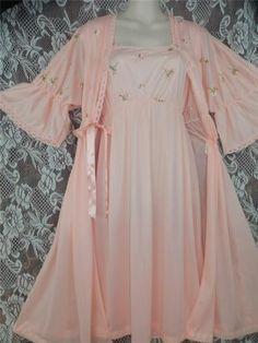 """M.L.Fabulous 2pc,peach """"Movie Star""""Vtg.peignoir robe,nightgown-waltz/tea length"""