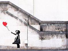 Framed Banksy Street Art Print – Girl with Balloon Always Hope (Graffiti Picture Banksy Graffiti, Banksy Girl, Images Graffiti, Banksy Artwork, Bansky, Banksy Canvas Prints, Cultures Du Monde, Girl Posters, Mural Art