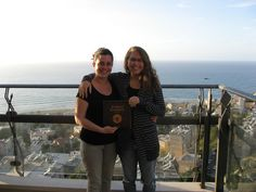 Kneipenkochbuch Worldwide - Unser Kochbuch hat es bis nach Israel geschafft. Ein Foto aus Haifa.