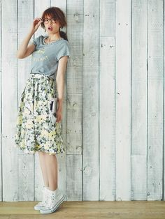 カラープリントロゴTシャツ(Tシャツ)|Apuweiser-riche(アプワイザーリッシェ)|ファッションウォーカー