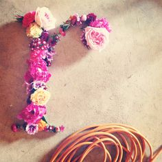 """JD Makes Things: Flowers, Letter """"R"""""""