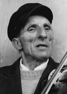 """""""Stanisław Zieja , radomskie 1986 r."""" Fot. Andrzej Bieńkowski. Ze strony: http://andrzejbienkowski.blox.pl/2015/01/Fotografie-terenowe.html"""