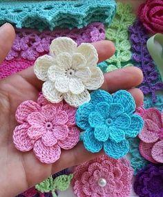 Simply How to Crochet a Puff Flower - Patchworkdecke Sitricken Crochet Hook Set, Crochet Motif, Crochet Designs, Easy Crochet, Crochet Stitches, Crochet Patterns, Crochet Ideas, Crochet Puff Flower, Crochet Flower Tutorial