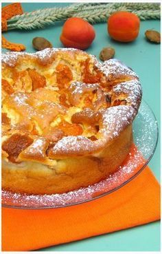 """APRICOT TREE """"Weight Watchers"""" A real treat this cake with these little apricots that melt in . Weight Watcher Dinners, Olive Oil Cake, Bowl Cake, Ww Desserts, Food Fantasy, Sweet Pie, Batch Cooking, Fermented Foods, Pinterest Recipes"""