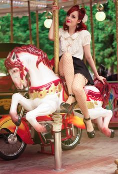 Miss Pandora - #Lancôme #Eyesshow http://www.misspandora.fr/dolly-dolly-eyes/