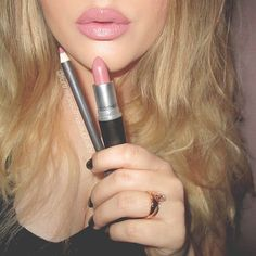 """""""#MAC """"Soar"""" Lipliner & #MAC """"Faux"""" Lipstick. OBSESSSSEEEEDDDDDD!!!!!!! """""""