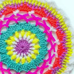 I'm a little bit up to my ears in WIPs at the moment chasing down 4 deadlines over the next 2 weeks More arms please!! But I did just update the pattern for this bright Rainbow Mae mandala named after the beautiful LeAnna @myminimae from last summer on the blog for this week's Mandala Monday this one is made using a 4.5mm hook and DK yarn but I'd LOVE to see it in super chunky