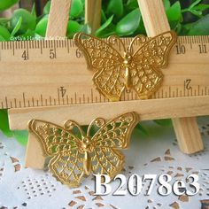 8pcs 20x40mm raw brass  Butterfly filigree Pendant Charms Findings  Petals Stamping for bead wraps/caps /flowers(B2078e3)