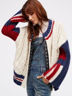 Bomber Jackets for Women Cable Knit Cardigan, Striped Cardigan, Crochet Cardigan, Knit Crochet, Knitwear Fashion, Knit Fashion, Cardigans For Women, Jackets For Women, Knitting Stiches