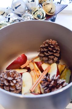 How to make your house smell like Christmas the old fashioned way! Apples & Cinnamon & Pine