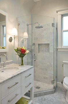 Contemporary Small Bathroom Makeover on-line lots of people have a little spots with their properties they need to make seem larger. Cute Small Bathroom Makeover Model Lots of people who … Modern Shower, Modern Bathroom, White Bathroom, Simple Bathroom, Narrow Bathroom, Minimalist Bathroom, Compact Bathroom, Japanese Bathroom, Contemporary Bathrooms