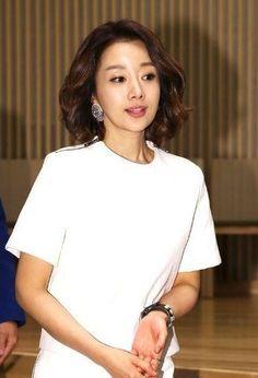 생생정보 :: 윤손하 나이 42살 일본 활동 그만 둔 이유