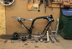 Seven Fifty cafe-racer. Frame: ready to paint. Cafe Racer Honda, Cafe Racers, Cb 750 Seven Fifty, Honda Cb750, Widowmaker, Bike Ideas, Lifestyle News, Motorcycle Gear, Custom Motorcycles