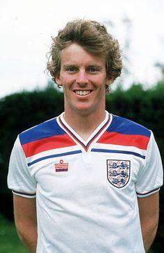 circa 1982 Graham Rix England and who won 17 England international caps between 19811984 Retro Football, Football Kits, Football Soccer, Soccer World, World Football, International Football, England International, England Kit, England Football Players
