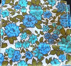 """Blue Rose Floral Fabric Quilting Crafting Sewing Fiber Art 39"""" x 146"""" #Unbranded"""