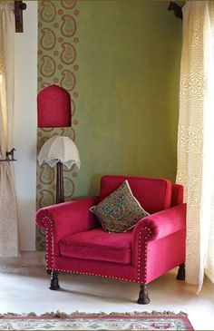 Love the pink paisley stencil border flanking the window. It would be a simple DIY project.