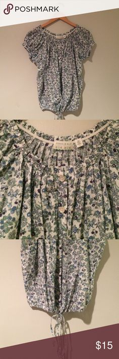 Kimchi Blue 🌿 Peasant button down top Great condition ! Collar is elastic! ! ✂️Measurements: bust- 19 inches flat length- 23 inches   💟Outfit Inspiration: Summer! High waisted jeans or shorts  👰Help my fiancé and I save up for our wedding! 📦All purchases are shipped carefully and thoughtfully  🚭Smoke- free home ❗️Bundle to save on SHIPPING & TOTAL  💁Serious and reasonable offers only (no more  than 10% of listing price!)  ✅Suggested User, shop with confidence 🚫NO TRADES 🔁️Sharing is…