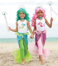 magical mermaid tail – girls as mermaids & chip as a unicorn ? magical mermaid tail – girls as mermaids & chip as a unicorn ? Mermaid Costume Kids, Mermaid Halloween Costumes, Mermaid Diy, Mermaid Tails, Girl Costumes, Mermaid Tail Costume, Vintage Mermaid, Little Mermaid Birthday, Little Mermaid Parties