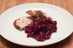 La salsa de arándanos es una guarnición tradicional de la cena del Día de Acción de Gracias. Ahora puedes probarla en casa con esta receta sencilla!