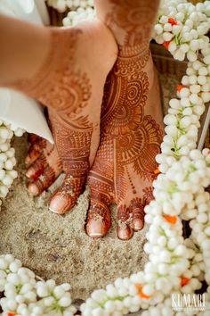 beautifulsouthasianbrides:  Photo by:Kumari Photo&Cinema                                                                                                                                                                                 More