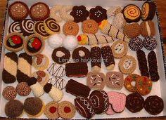 Image Detail for - Crochet Food - who knew! Crochet Cake, Crochet Food, Knit Crochet, Food Patterns, Felt Food, Play Food, Chrochet, Crochet Animals, Yarn Crafts