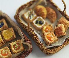 Miniature Crafts, Miniature Food, Miniature Dolls, Barbie Food, Doll Food, Tiny Food, Fake Food, Mini Patisserie, Mini Things