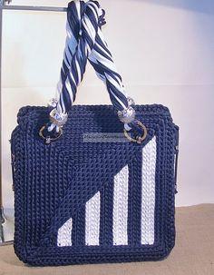 Mod.ART BAG. DI:ANNA.   cute bag!  Please check out our website http://bax.fi