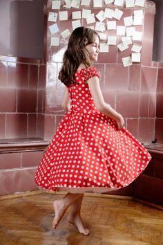 Rochita rosie de ocazie cu buline albe | Zizette Vintage, Style, Fashion, Swag, Moda, Fashion Styles, Vintage Comics, Fashion Illustrations, Outfits