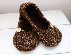 Warm crochet slippers women's slippers house shoes women's gift idea ready to ship hand crochet cute slippers comfortable slippers by SixthandDurianGifts
