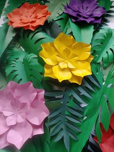 This Tropical Leaves 30 Large Paper 5 Large Tropical Flowers DIY is just one of the custom, handmade pieces you'll find in our paper & party supplies shops. Rainforest Classroom, Jungle Theme Classroom, Rainforest Theme, Classroom Themes, Jungle Bulletin Boards, Jungle Theme Decorations, Jungle Theme Parties, Jungle Party, Safari Party