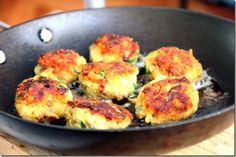 Vegan Lentil Meatballs: excellent source of fiber + low glycemic.
